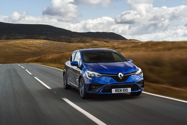 Clio wins the 'Best Small Car' title for the second consecutive year