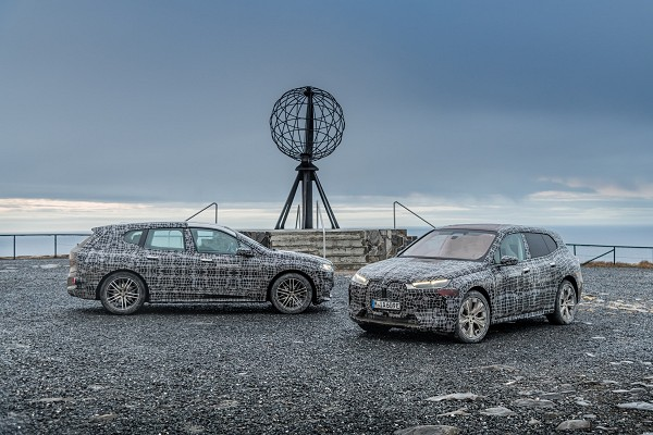 The first BMW iX: test drive to the north cape